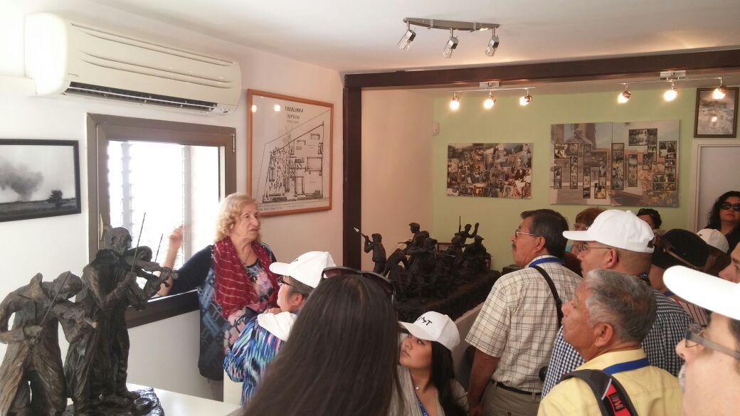 """תיירים מחו""""ל ומבקרים 2016"""